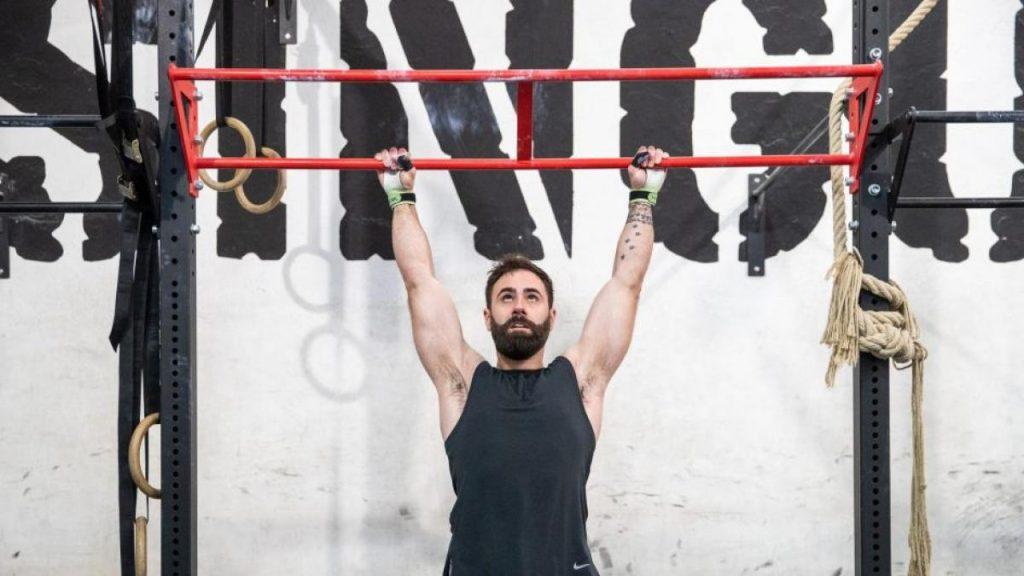 ¿Cuántas flexiones de barra debes hacer al día para perder peso?