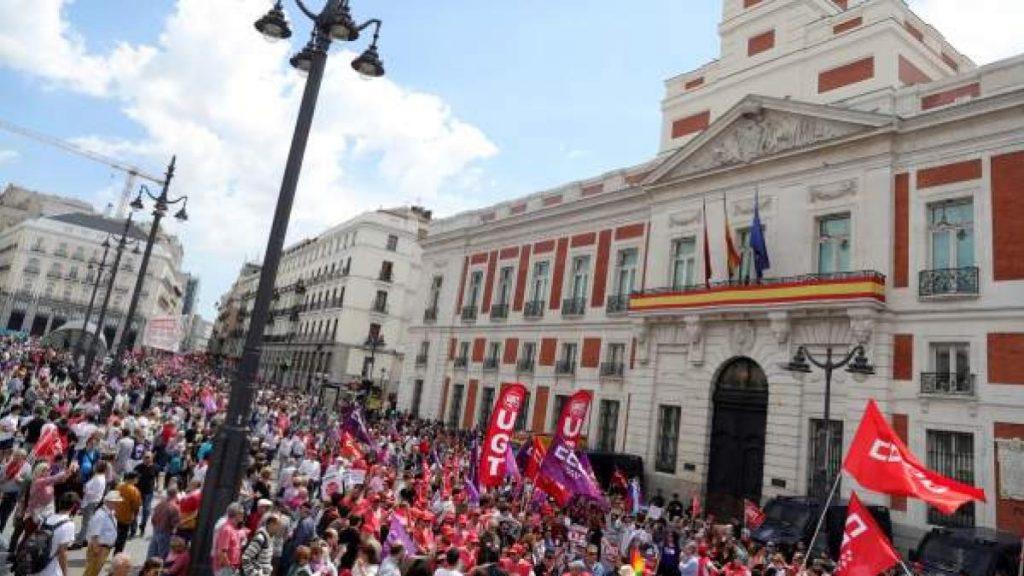 1 de mayo protestas, encuestas, candidatos, reacciones, pactos y resultados