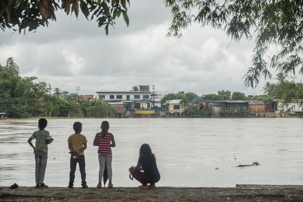 Atrapados en el fuego cruzado de la frontera entre Colombia y Venezuela |  Internacional