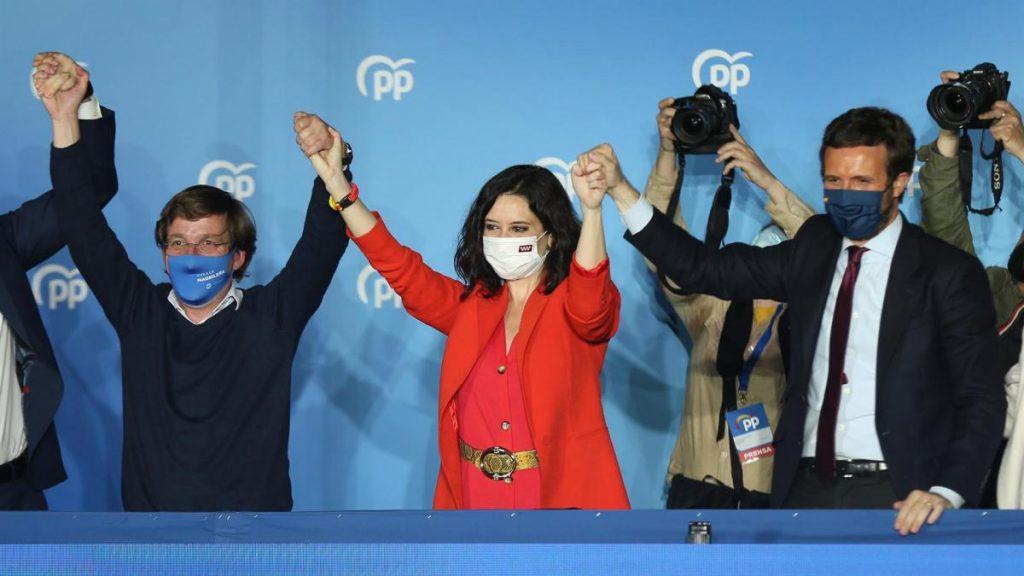 Ayuso barre, noquea al PSOE y hace que Iglesias abandone