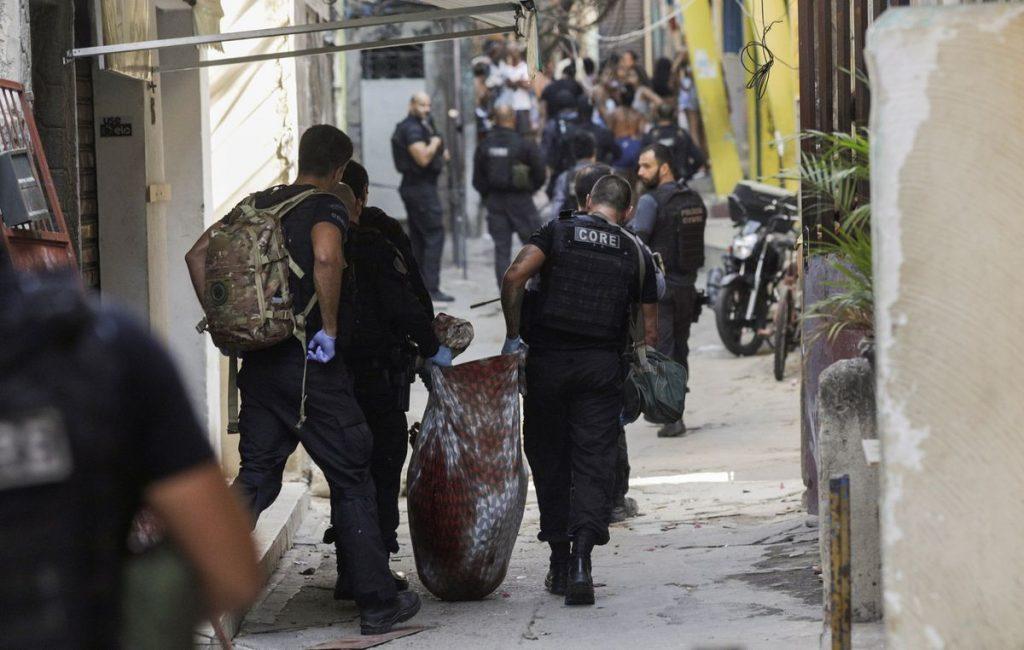 Brasil.  Operación policial en favela de Río de Janeiro mata a 25    Internacional