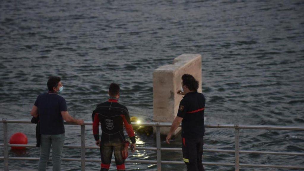 Buscan a un chico de 13 años que desapareció mientras se bañaba en el Ebro