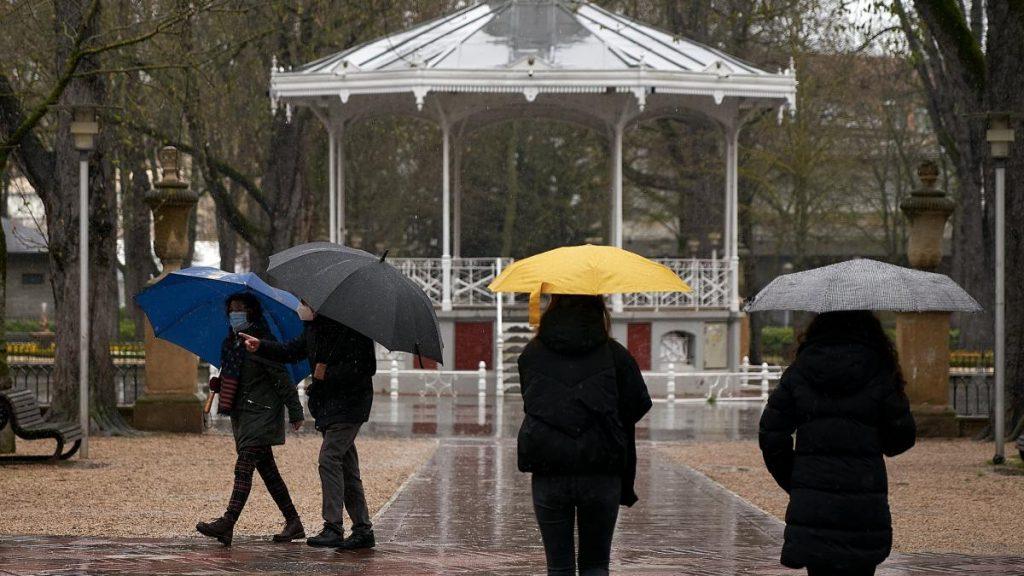 Cambio brusco de tiempo este domingo con lluvias y fuerte descenso de temperaturas
