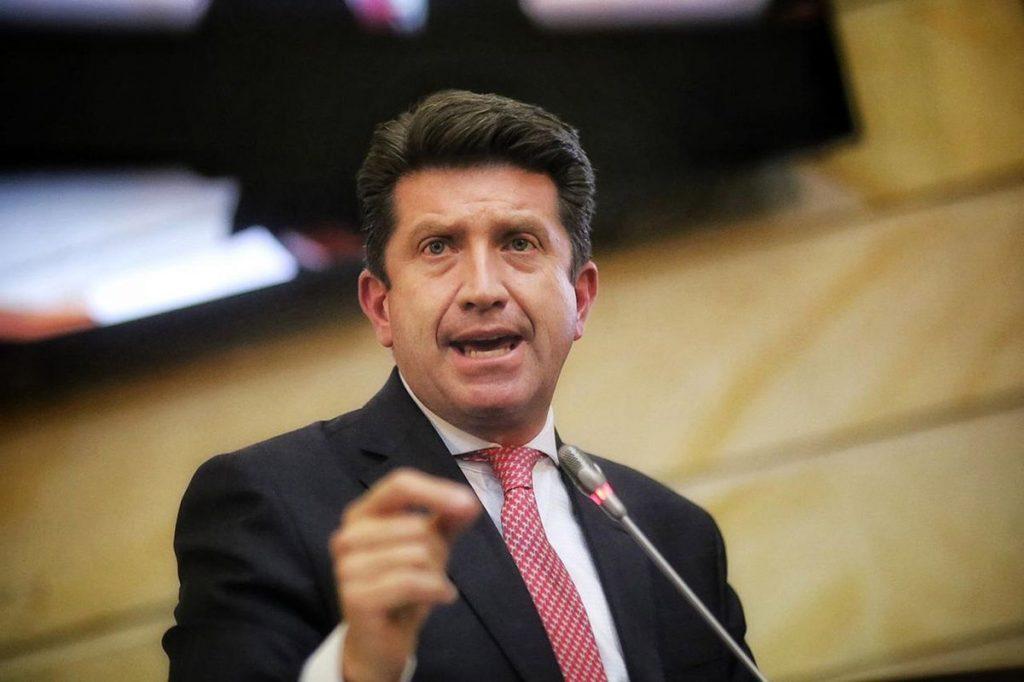 Congreso colombiano respalda al ministro de Defensa y le da un respiro a Iván Duque |  Internacional