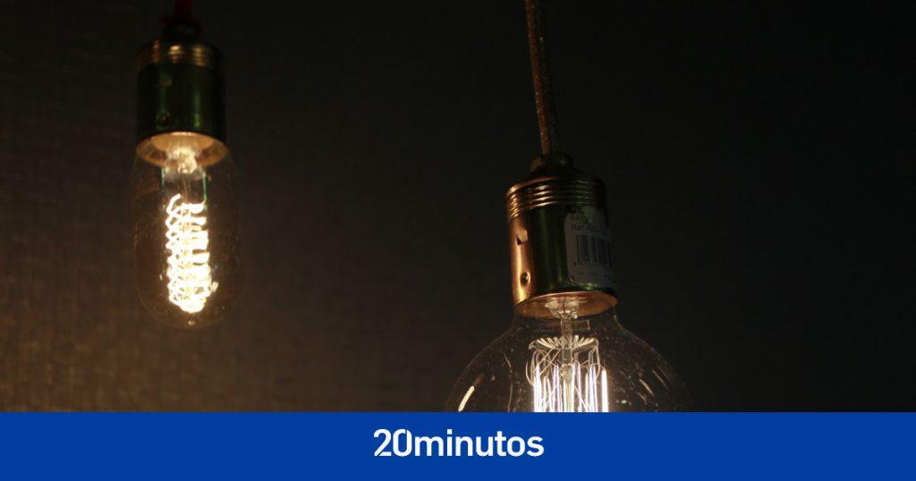 El gobierno limitará las ganancias caídas del cielo de las eléctricas en un intento por bajar la factura de la luz