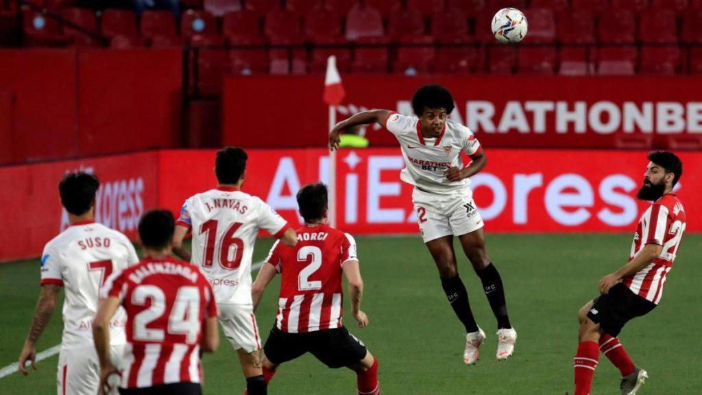 El gol de Williams aleja al Sevilla del sueño de la Liga una semana antes de enfrentarse al Madrid