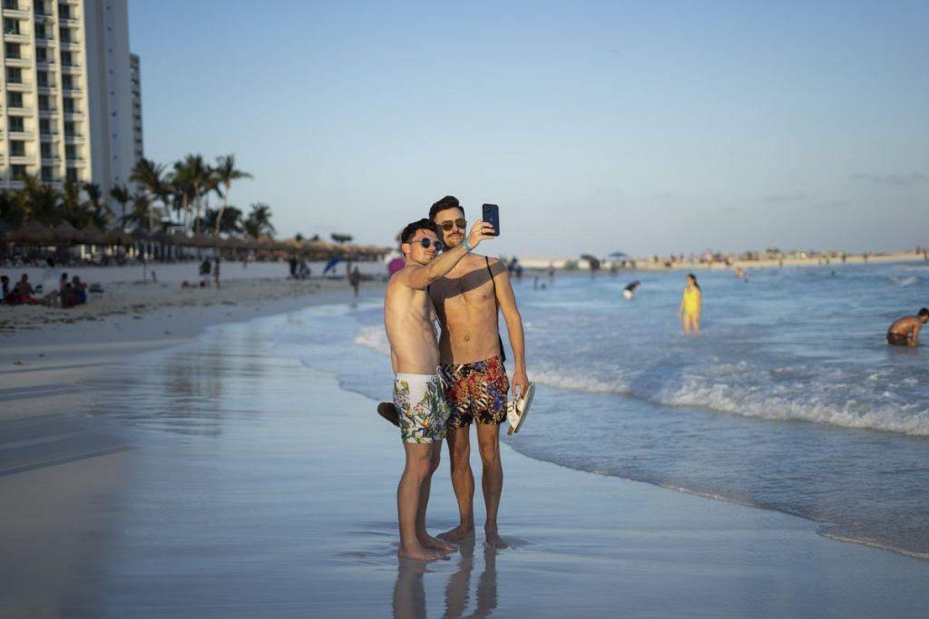 Fiscal arresta a Florian Tudor, presunto jefe de la mafia rumana en la Riviera Maya