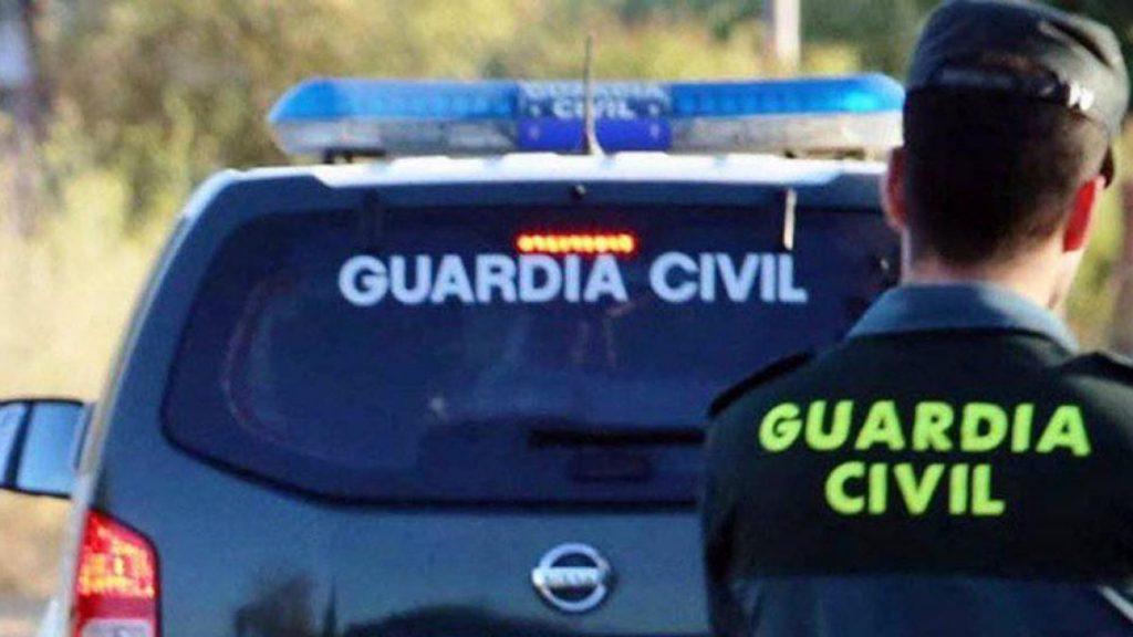 Interceptan un coche con 233 kilos de hachís en Granada y el conductor logra escapar
