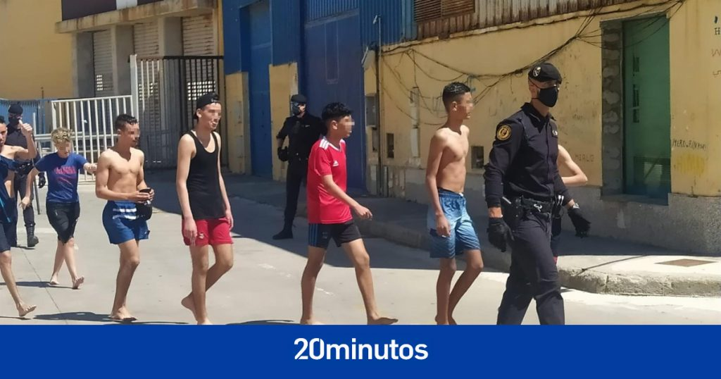 La Fiscalía decide abrir una investigación por la devolución en caliente de menores a Ceuta