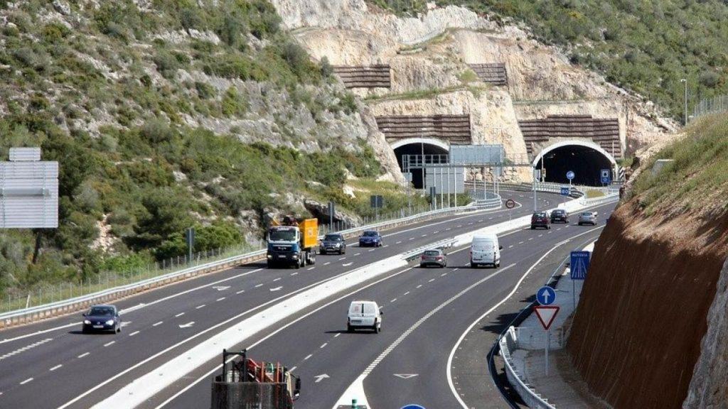 Las consecuencias de la implantación de un peaje en toda la red de autopistas española