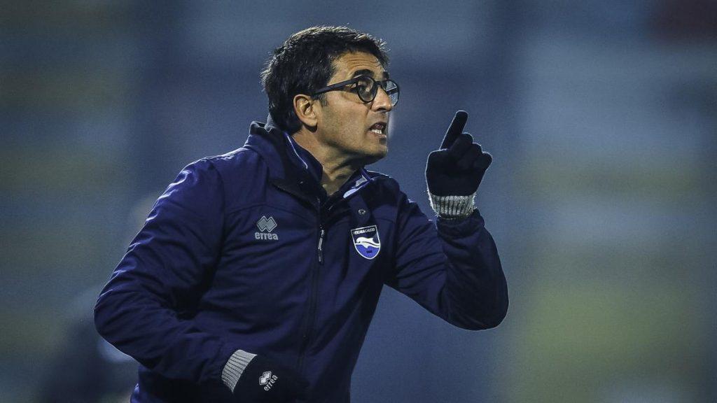 Los ultras de Salernitana atacan y amenazan a la hija del entrenador del Pescara para dejarla ganar