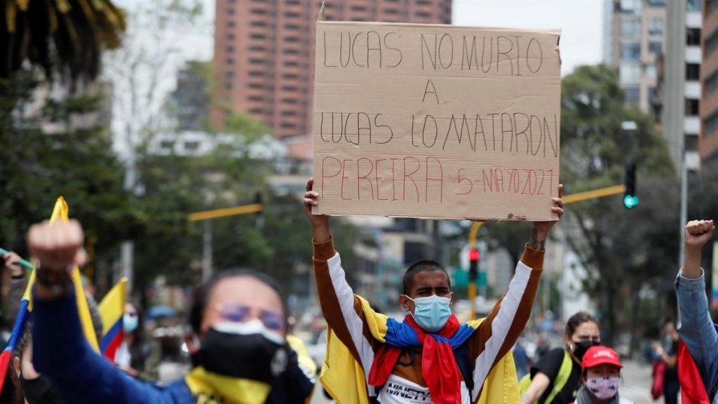 Noveno día de protestas y violencia en Colombia en medio de llamados al diálogo