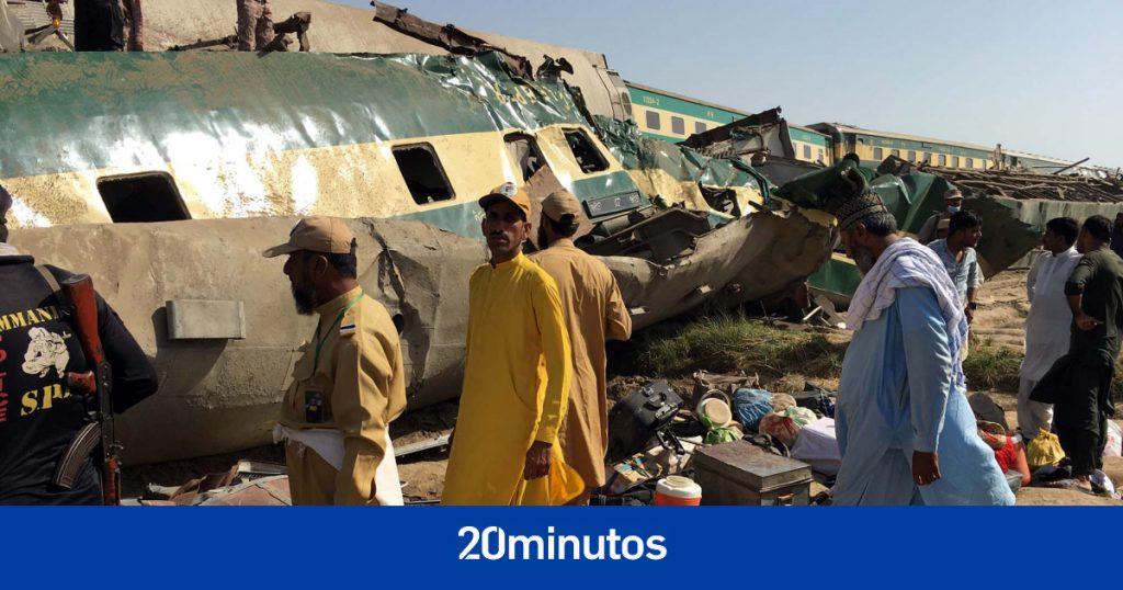 Al menos 62 muertos y 100 heridos tras colisión de dos trenes en Pakistán
