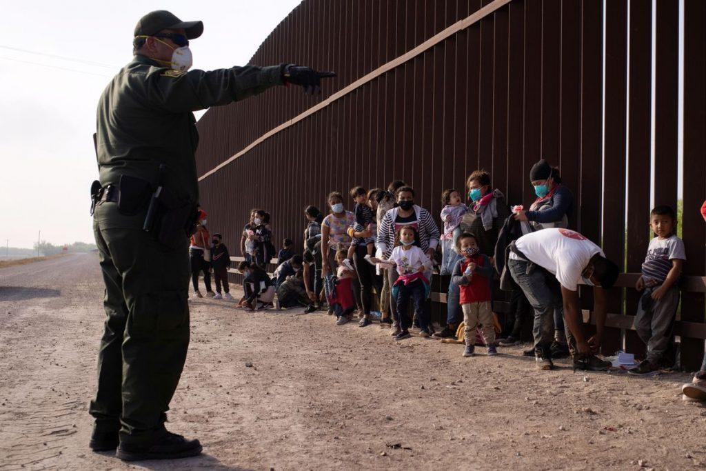 Cruzar la frontera de México a Estados Unidos es arriesgar la vida.  Notas para poner fin a los abusos contra los migrantes |  Ideas