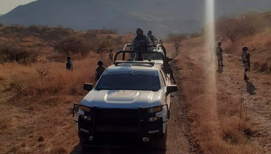 Familia Michoacana: Disparos a narcotraficantes: Pueblo de Guerrero resiste a balazos el asedio del crimen organizado