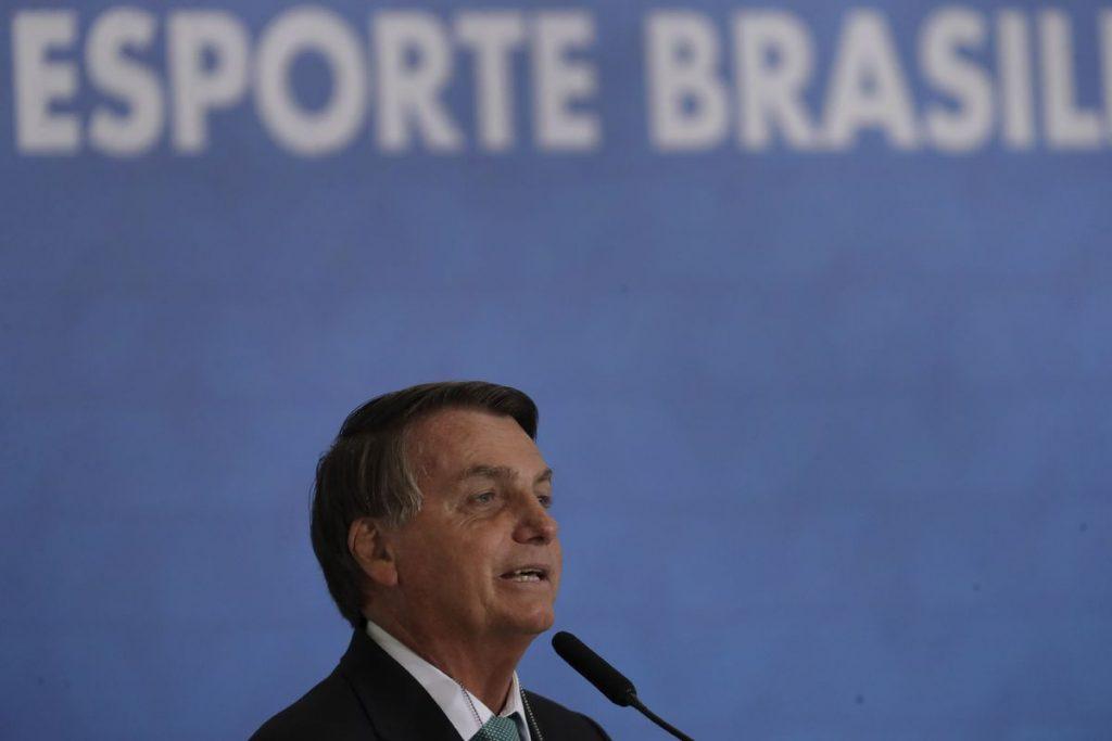 """Jair Bolsonaro: """"En cuanto a mí dependa, habrá Copa América en Brasil""""    Deportes"""