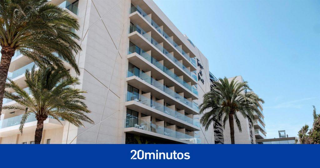 La policía investiga la muerte de una joven arrojada desde el balcón de un hotel en Ibiza como delito de género