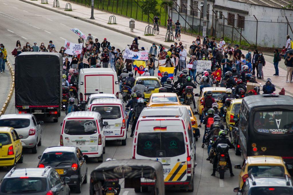 Manifestaciones en América Latina: Gobierno colombiano condiciona el diálogo sobre el fin de los bloqueos de carreteras |  Internacional