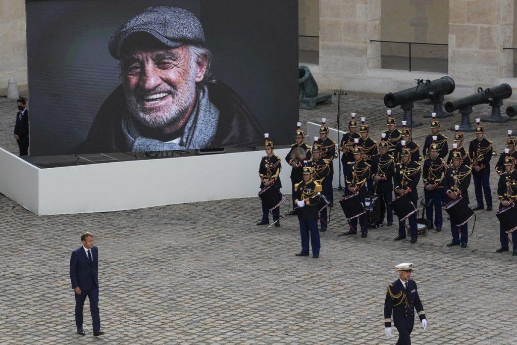 """Adiós, Bébel"": Macron rinde un último homenaje nacional a su ""magnífico"" Jean-Paul Belmondo    Cultura"