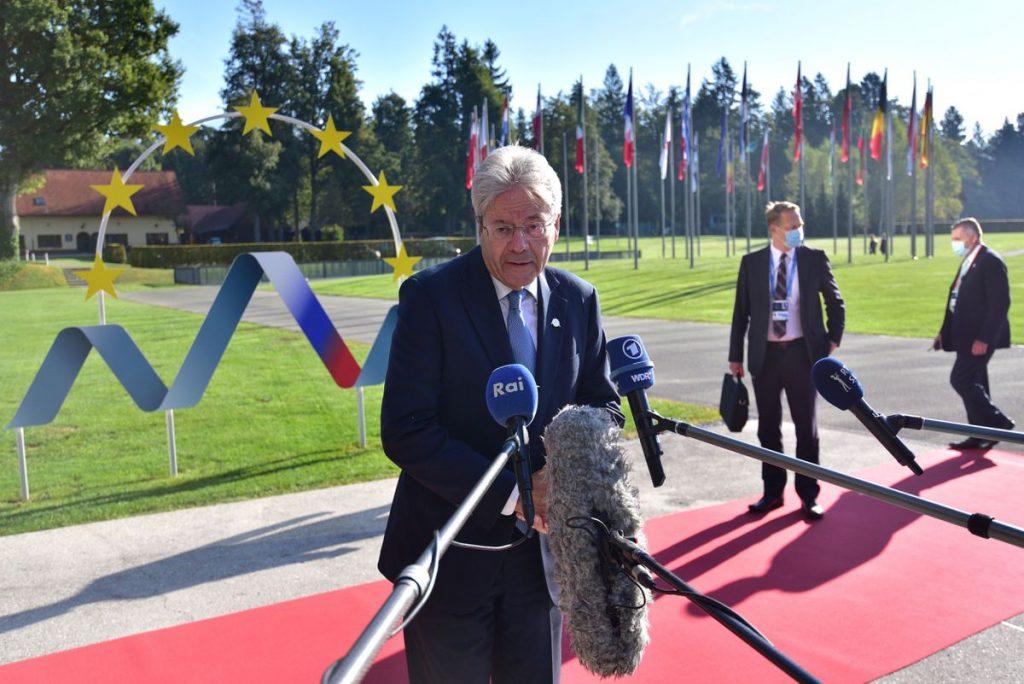 Bruselas iniciará negociaciones sobre nuevas normas fiscales en otoño    Economía