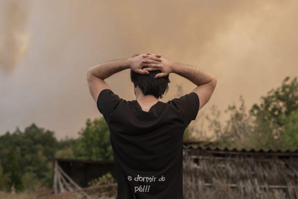 El dinero no detiene los incendios forestales en Galicia |  España