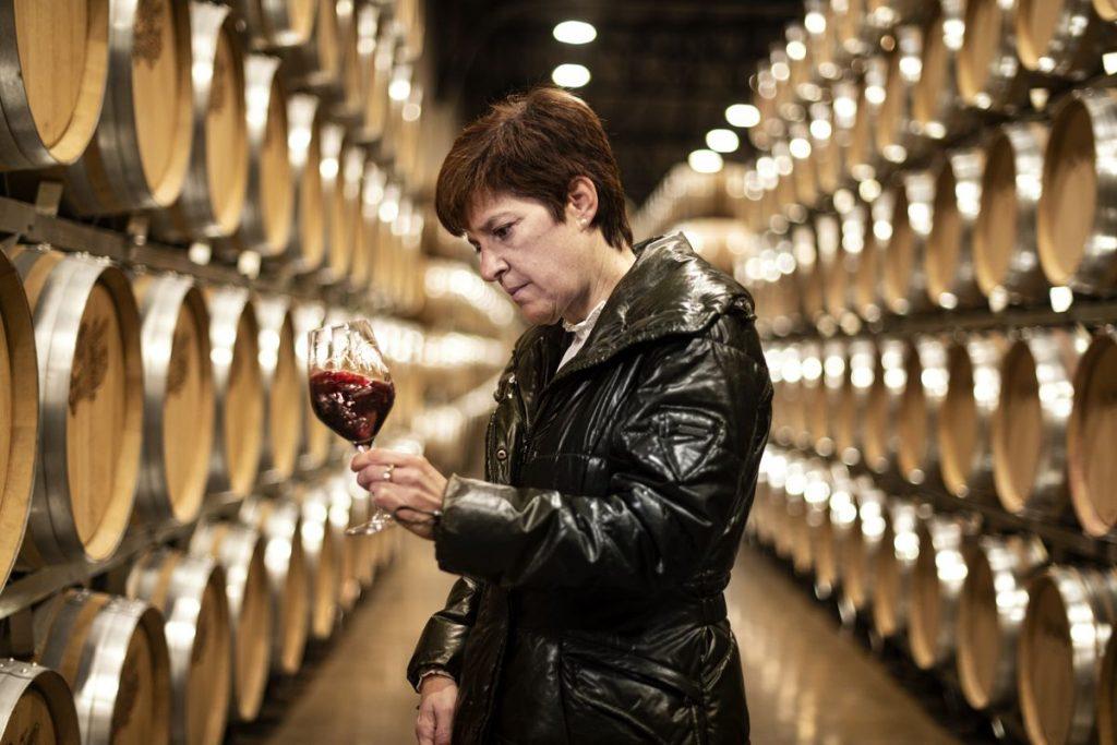 El enólogo que elabora el mejor vino del mundo en La Rioja    El país semanal