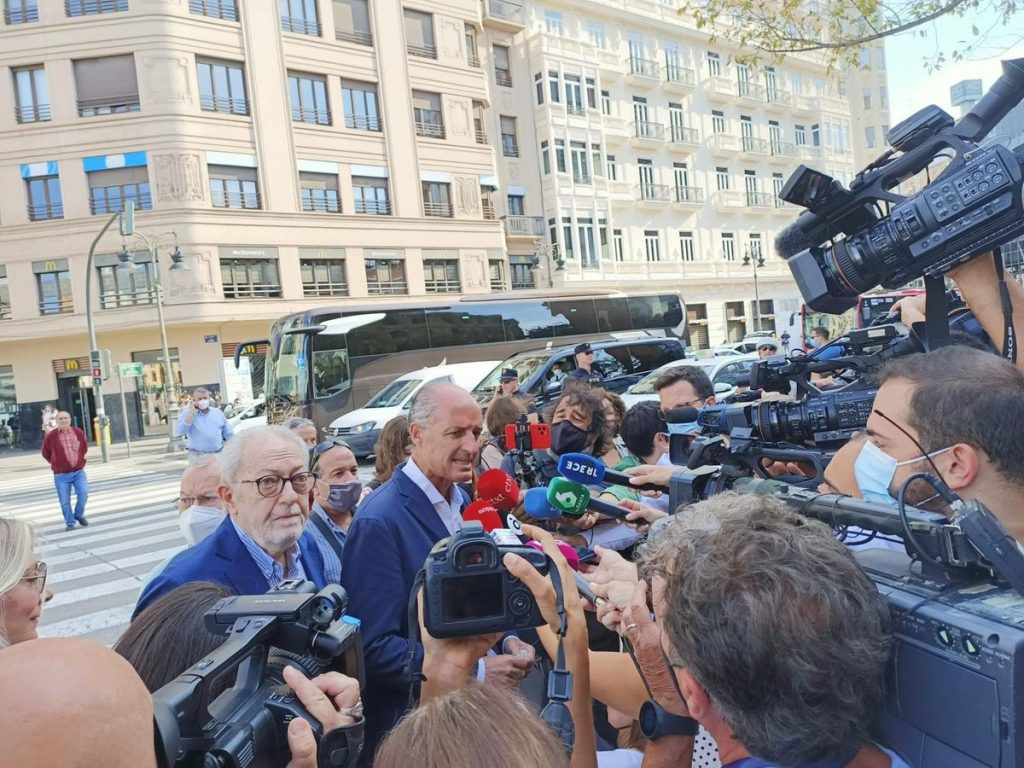 Camps reaparece en cónclave del PP para cubrir a Pablo Casado |  Comunidad valenciana