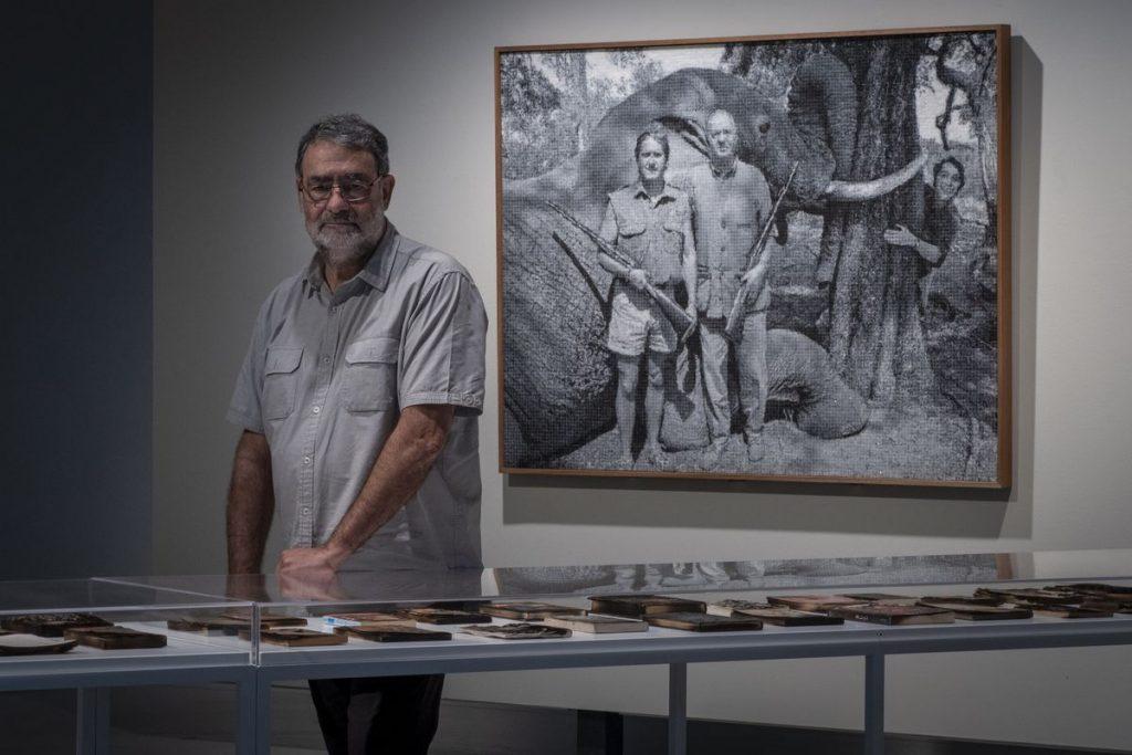 Joan Fontcuberta incluye al Rey Emérito en la obra artística sobre escándalos sexuales    Cultura