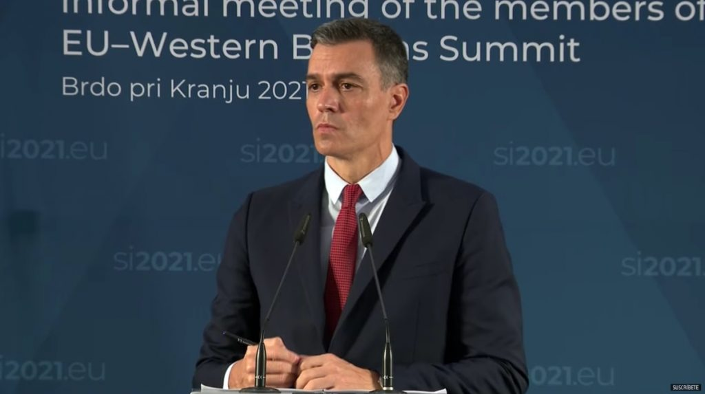 Pedro Sánchez anuncia un bono cultural de 400 euros para los jóvenes que cumplirán 18 años en 2022    Cultura