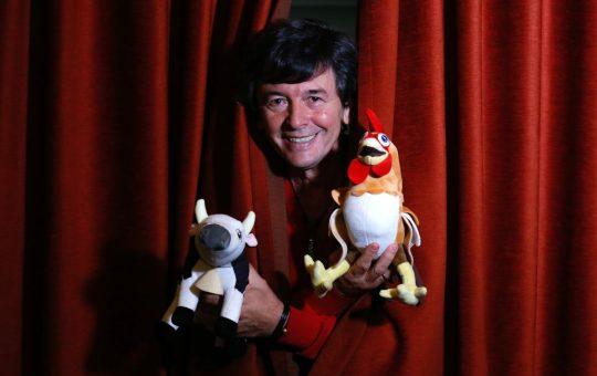 Roberto 'Kuky' Pumar, el productor que conquistó YouTube con la vaca Lola y el gallo Bartolito |  la tele